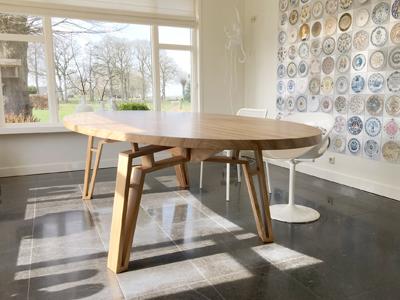 Spinnenpoot tafel iepenhout