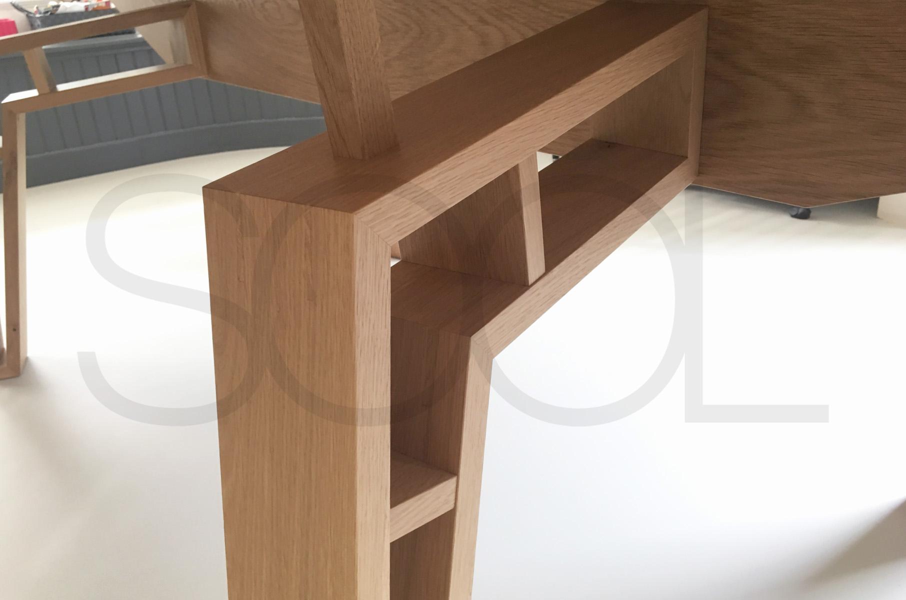 spinnenpoot tafel Vries eikenhout